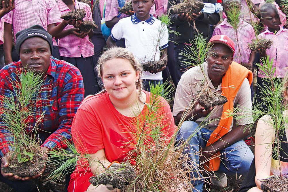 Gör som Olivia – plantera ett träd!